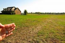 По каким критериям выбирать земельный участок под строительство?
