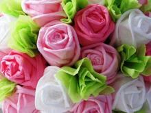 Как сделать объемный цветок из салфеток. Мастер-класс по созданию букета. От простого к сложному – цветочные композиции