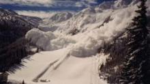 Что такое снежная лавина и чем она опасна? Лавины Как именуется лавина в горах